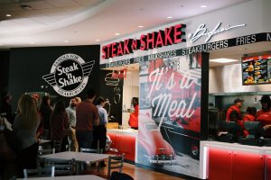 Steak n Shake with customers